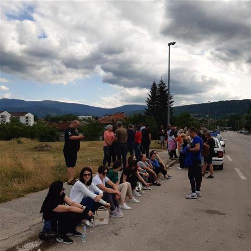Građani Drvara prijete blokadom puteva zbog otpada