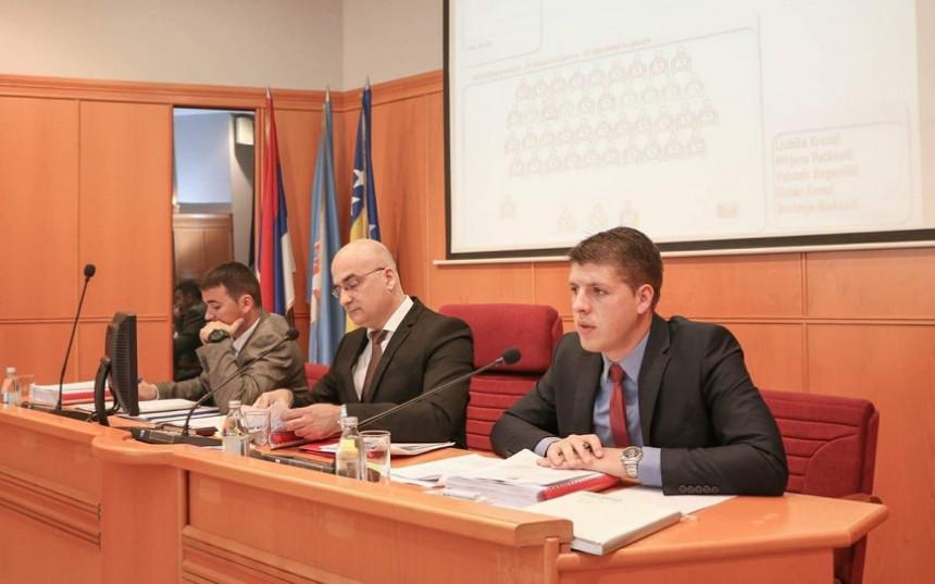 Trebinje: Bojan Šapurić napustio DNS