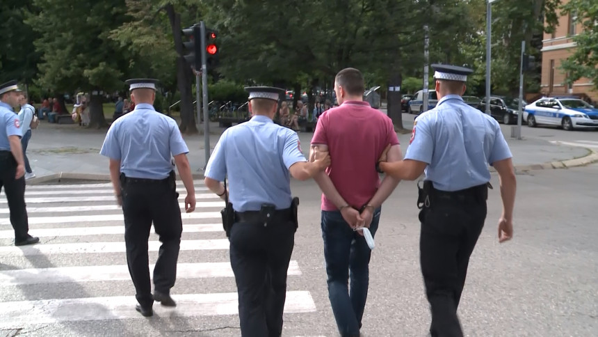 Policajcima tužbe zbog hapšenja članova grupe PzD