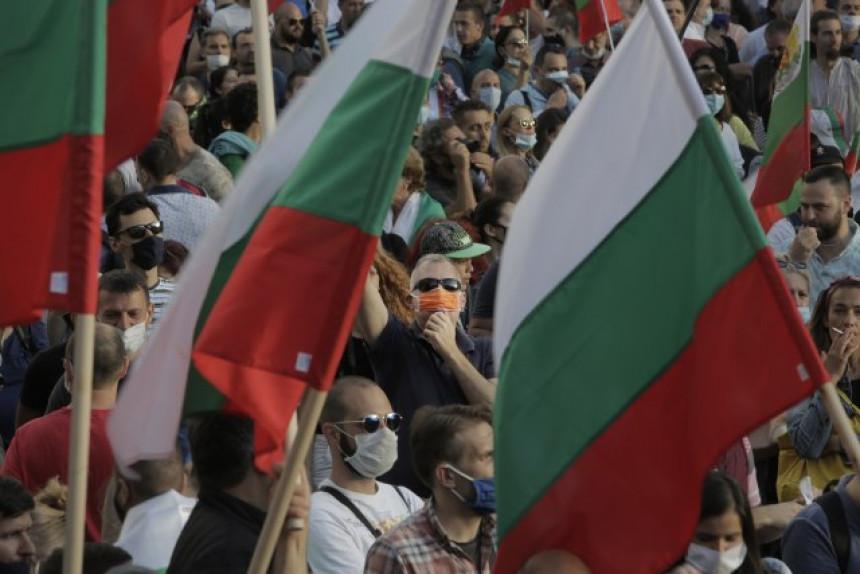 Bugarski državni vrh zarobljen u sukobu
