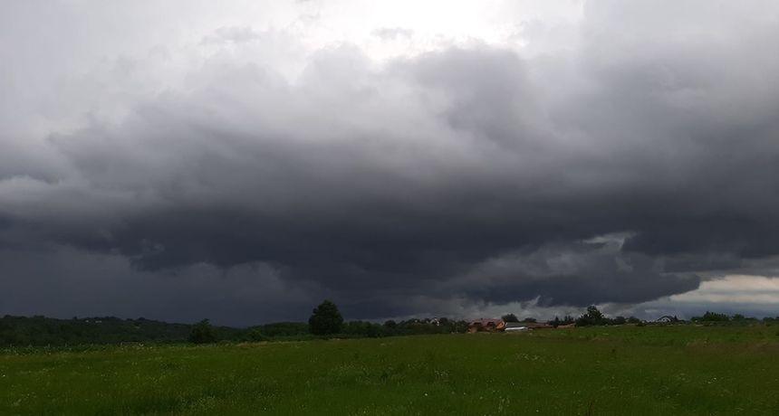 Hrvatsku zahvatilo olujno nevrijeme (FOTO)