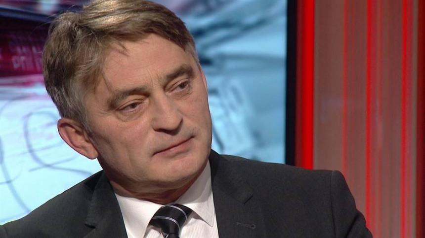 Komšić: Ovo je još jedan apsurdan potez Dodika