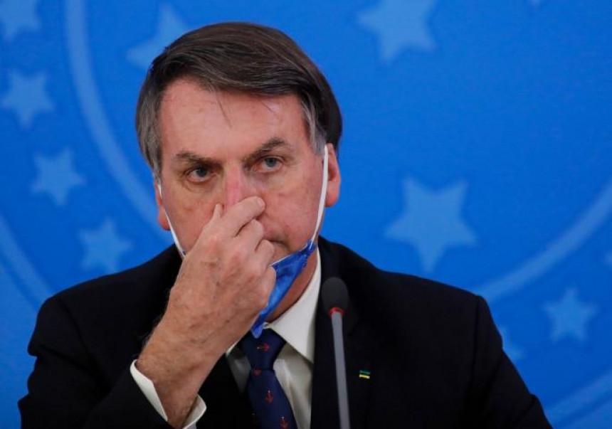 """Bolsonaro: Osjećam se slabo, imam """"buđ u plućima"""""""