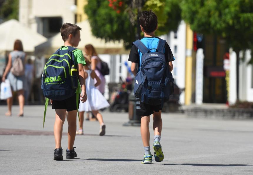 Maske i suspenzija: Ovo su nove mjere za školarce