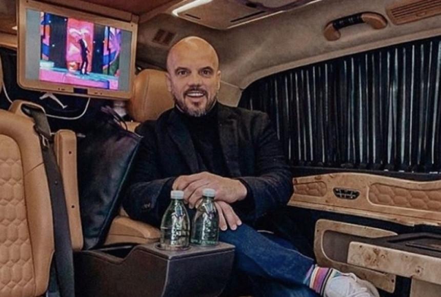 Boban otputovao privatnim avionom da bi nastupio u Budvi!