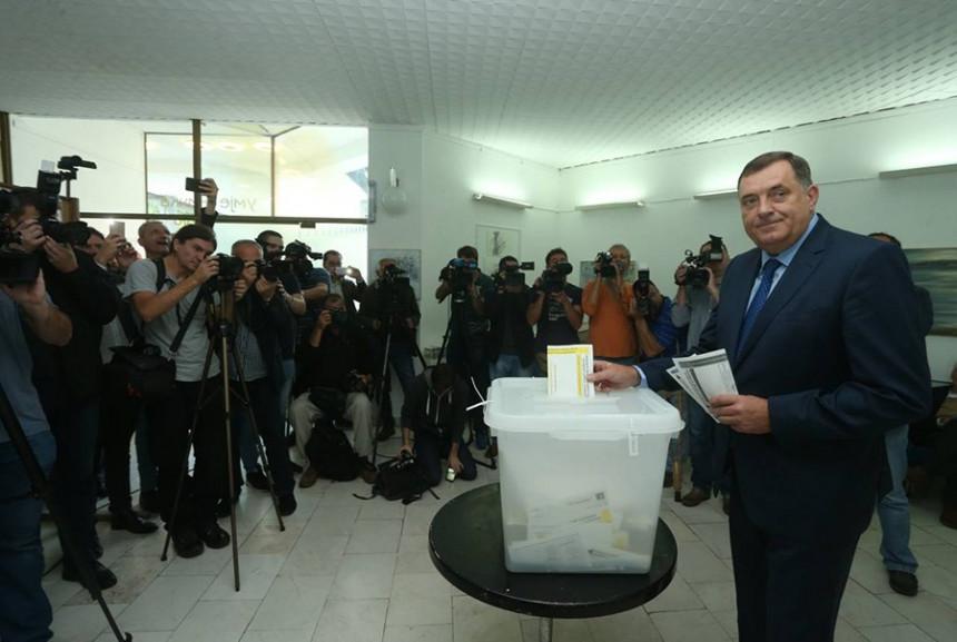 Firma koju Dodik kontroliše usporava štampanje listića