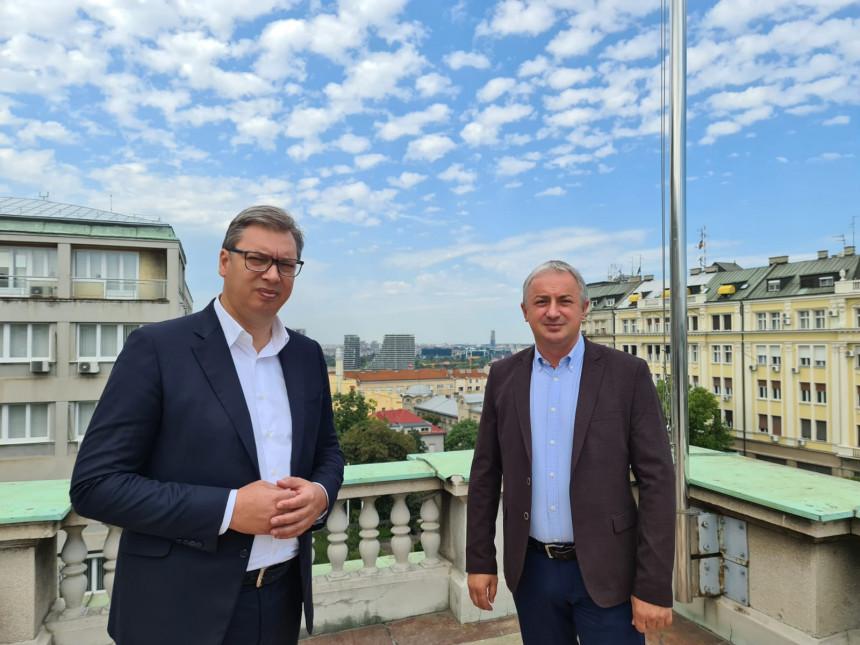 Vučić i Borenović o teškoj ekonomskoj situaciji u Srpskoj