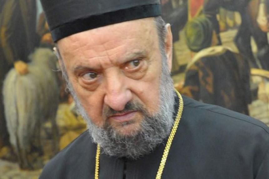 Владика пребачен у Београд, позитиван на корону