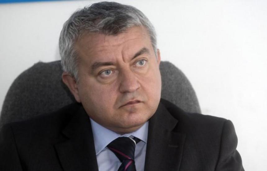 """Ministri, riješite problem Trgovske gore"""