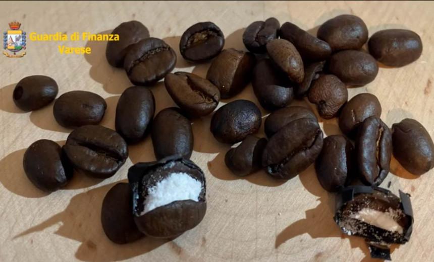 Skrivali drogu u zrnima kafe! (VIDEO)