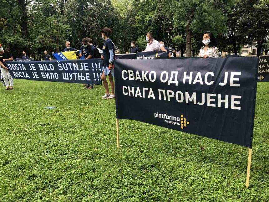 Protest u Banjaluci: - Dosta je bilo ćutnje!