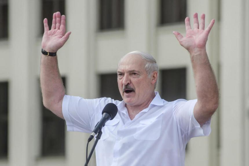 Lukašenko tvrdi da je ponudio novo brojanje glasova
