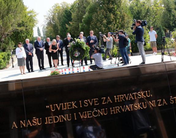 Dragan Čović na Tuđmanovom grobu u Zagrebu