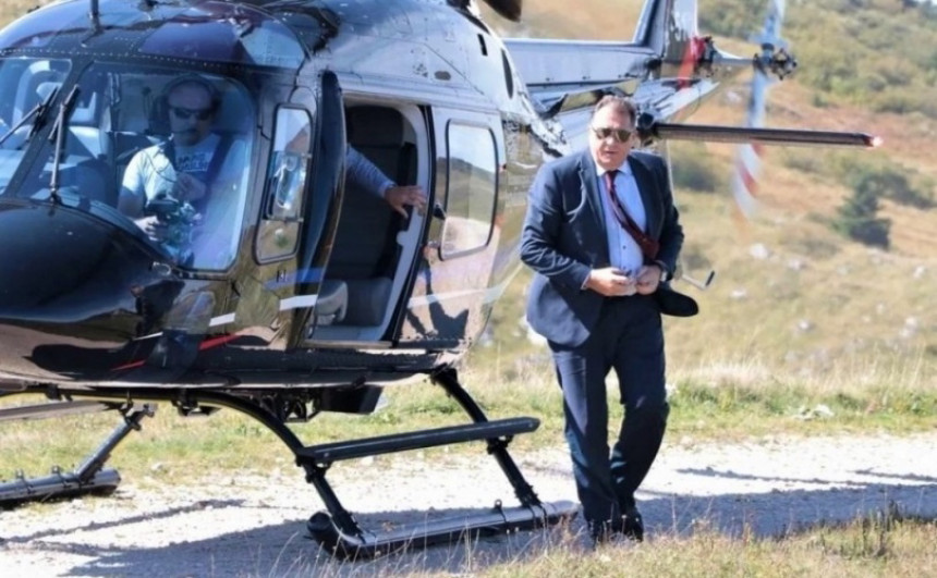 Zloupotreba: Dodik helikopter Republike Srpske koristi za obavljanje stranačkih poslova?!