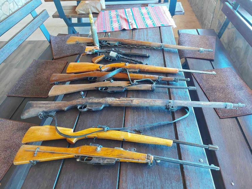 Pronađena veća količina eksploziva, oružja i municije