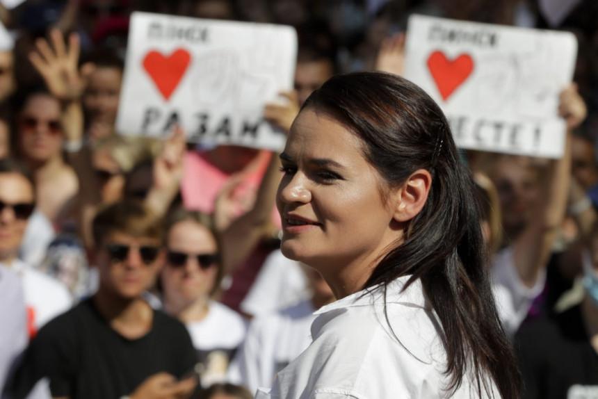 Protest: Marš na rezidenciju Lukašenka