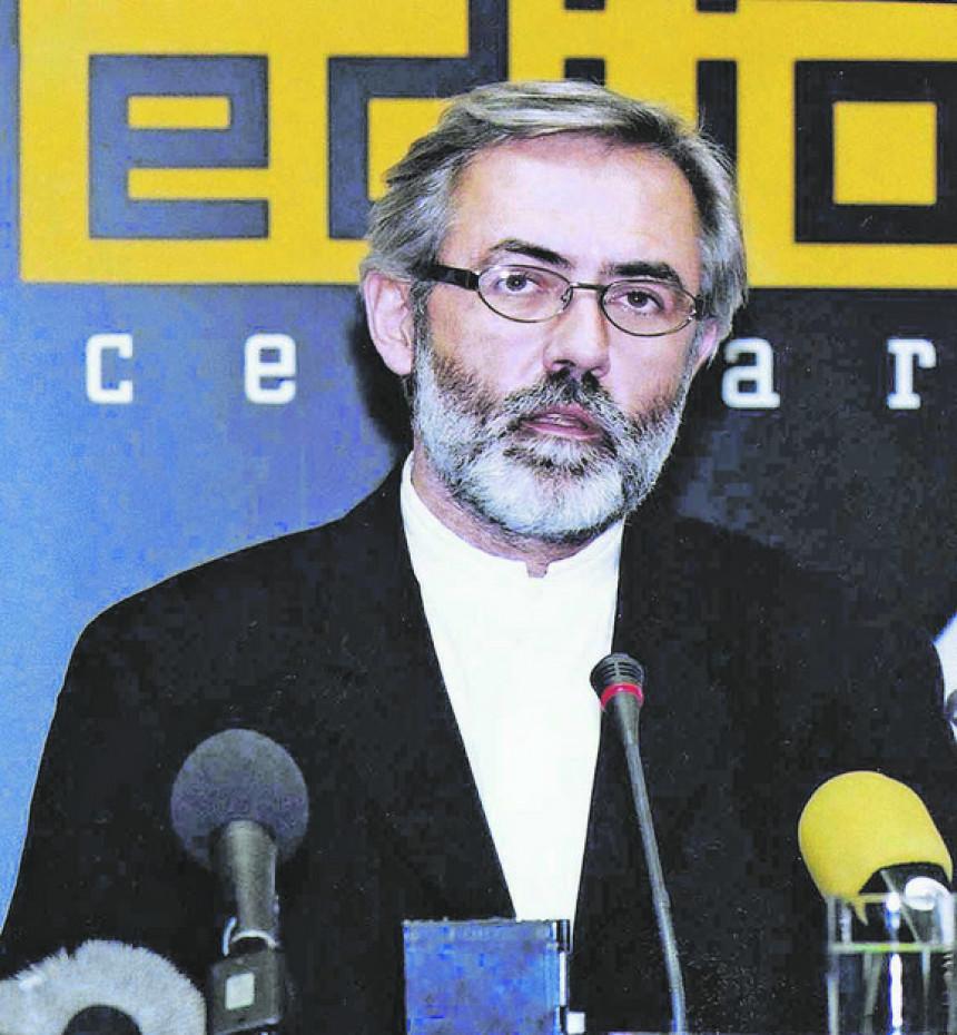 Ukinuta presuda za ubistvo novinara Slavka Ćuruvije