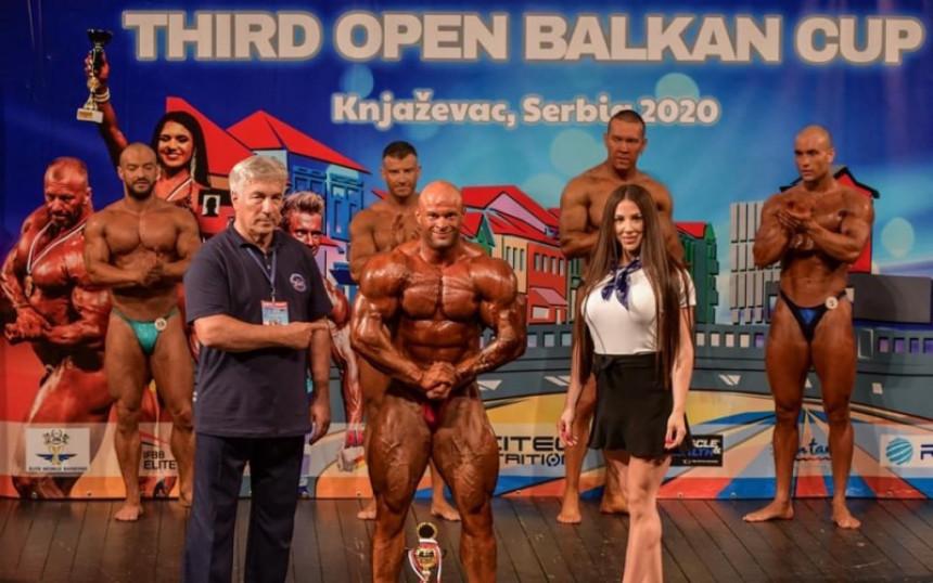 Саша Драшковић освојио злато у бодyбуилдингу