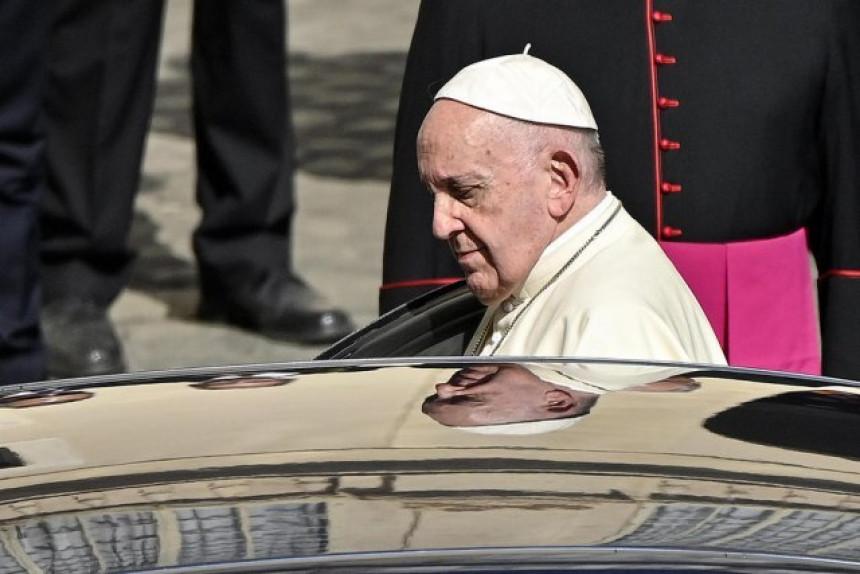 Papa pozvao lidere da saslušaju demonstrante