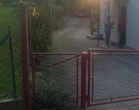 Banjaluka: SNSD aktivisti idu od kuće do kuće, uzimaju lične karte i vrše pritisak na građane