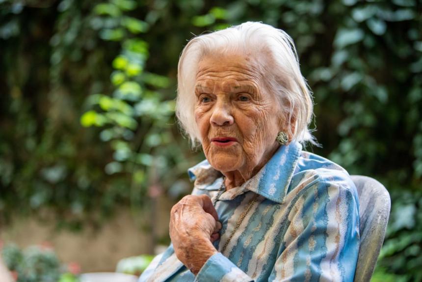Branka Veselinović pred 102. rođendan: Al' je lep ovaj život!