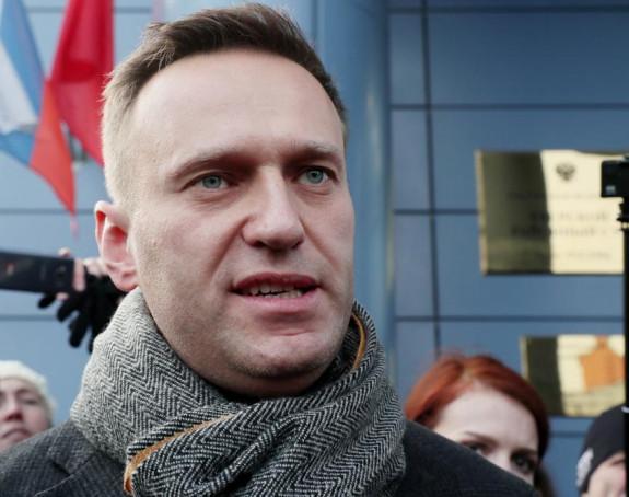 Navaljni nakon buđenja: Vraćam se u Rusiju!
