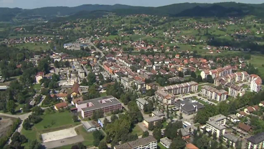 Žive i rade u Tesliću, fiktivno prijavljeni u Srbiji