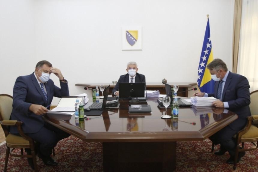 EU pomno prati raspravu na nivou Predsjedništva BiH