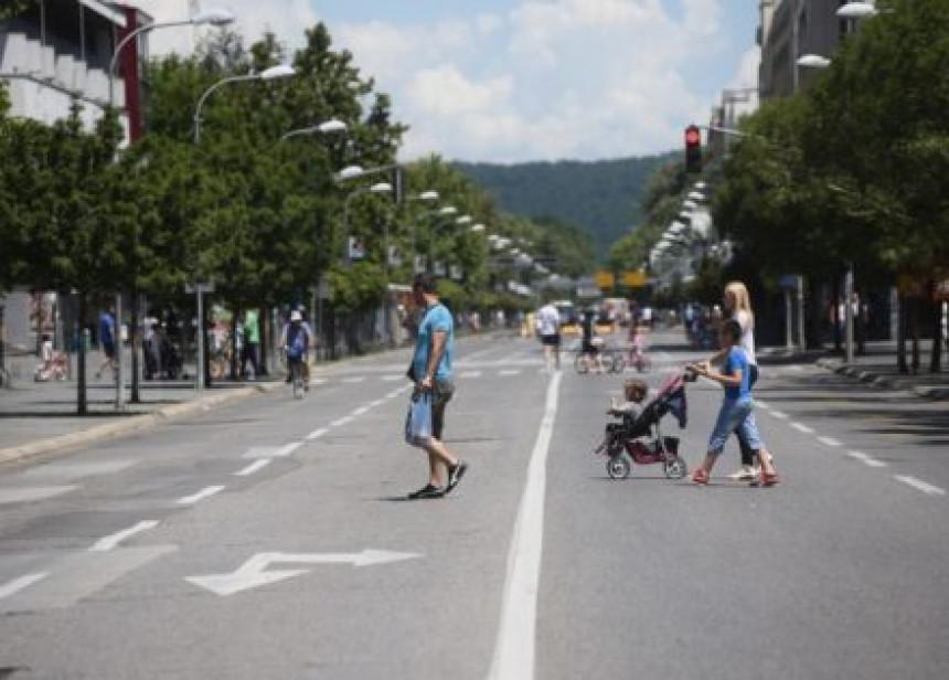 Prijava CIK BiH: Ni dan bez automobila u Banjaluci nije mogao proći bez SNSD kampanje