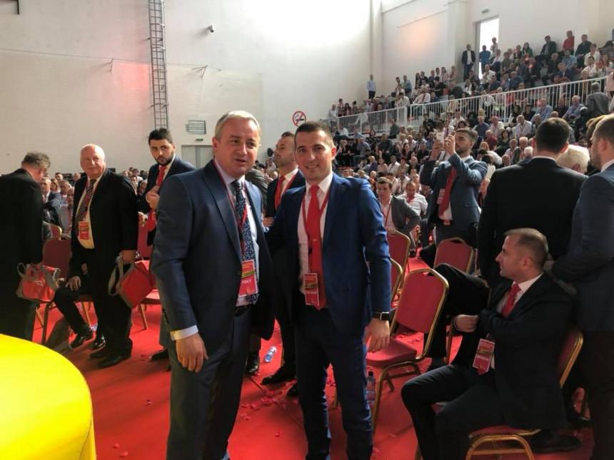 Prva čestitka iz Republike Srpske Aleksi Bečiću