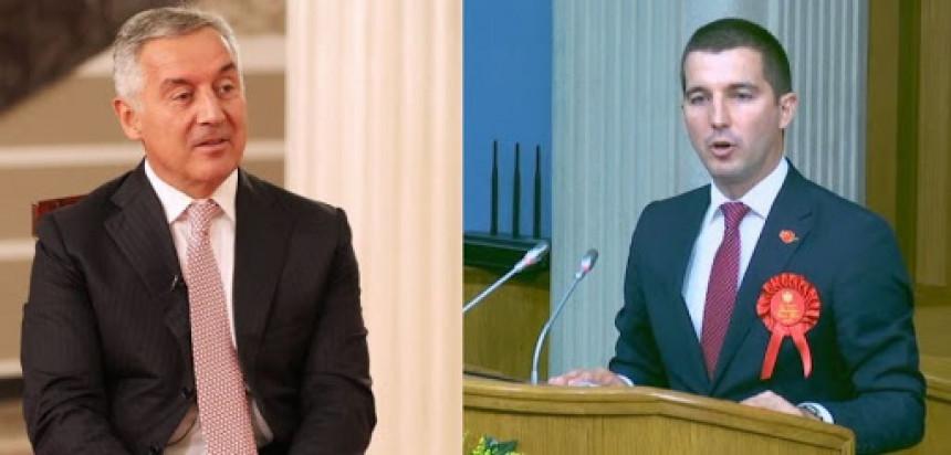 Đukanović čestitao Bečiću na izboru