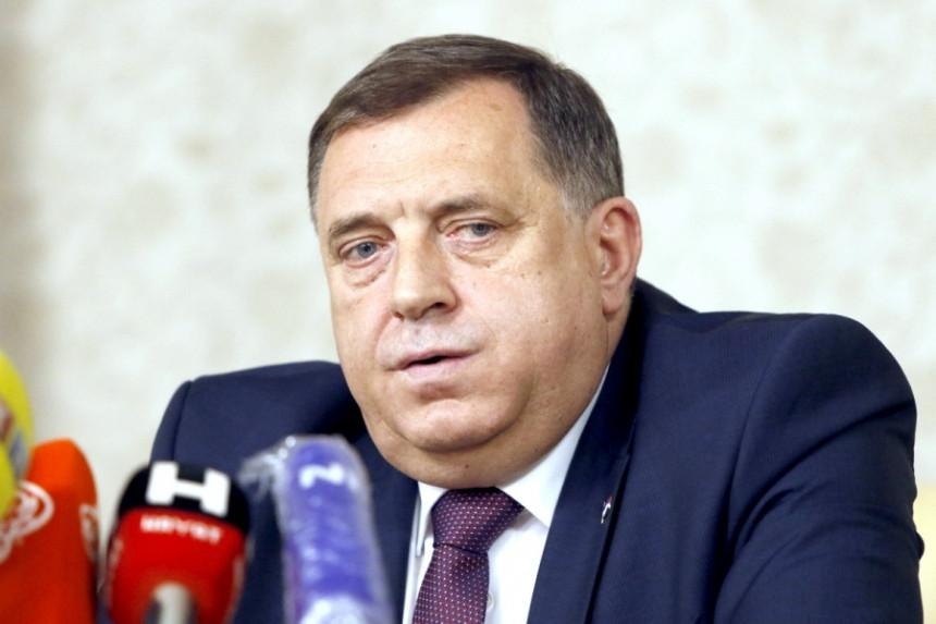"""Drug pisao Dodiku: """"Đe si zemo, što se praviš lud""""!?"""