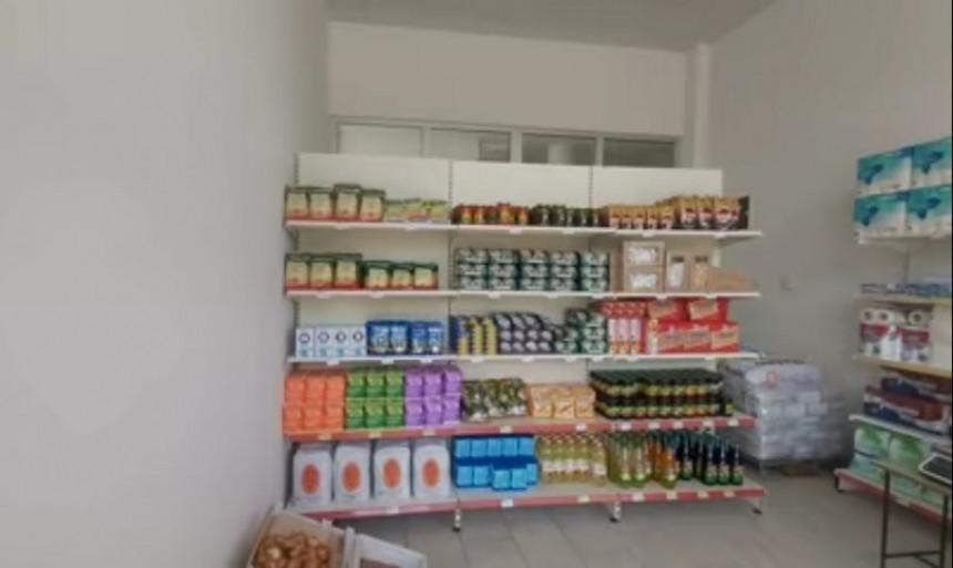 Bijedna režimska prodavnica za penzionere Trebinja
