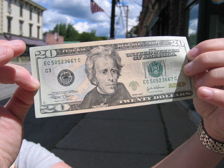Novčanica od 20 USD dolara krije masku! (VIDEO)