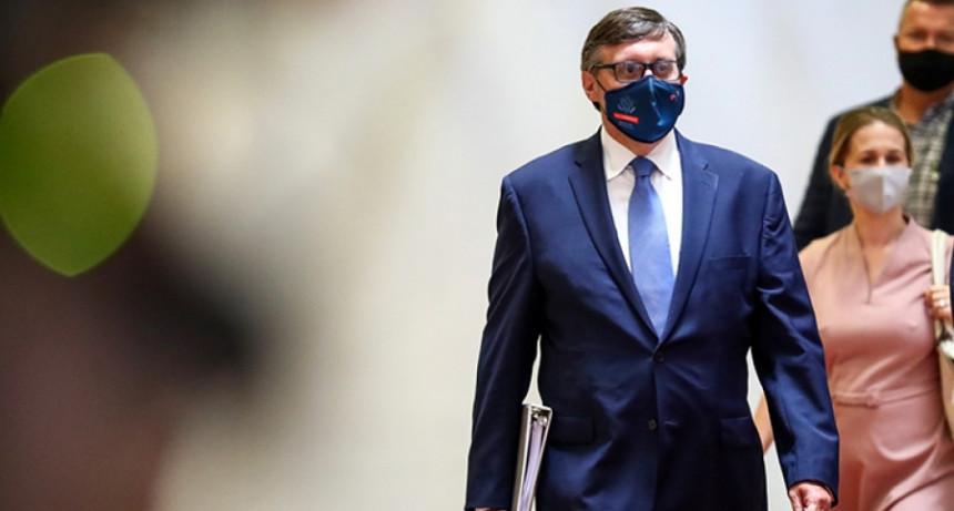 Tražiti od političara da se bore protiv korupcije je besmisleno