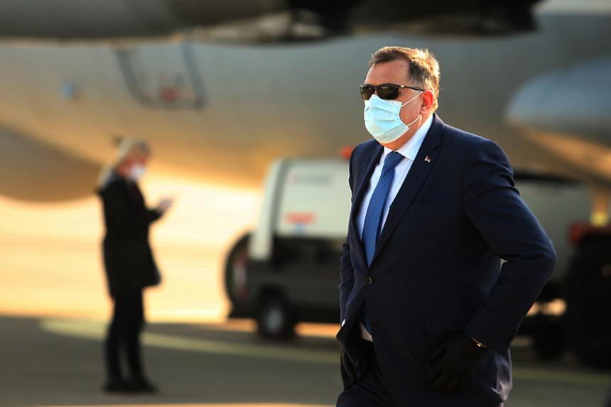 Ponižavanje institucija: Član Predsjedništva BiH preuzeo sve funkcije u Republici Srpskoj?!