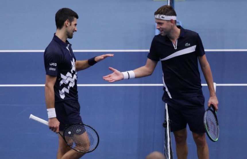 Novak Đoković revoltiran napustio konferenciju