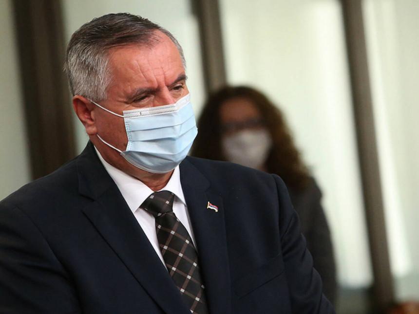 Вишковић поручио: Рестриктивније мјера нису у плану
