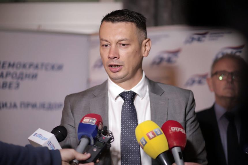 """""""Nema Srbina koji danas ne žali"""""""