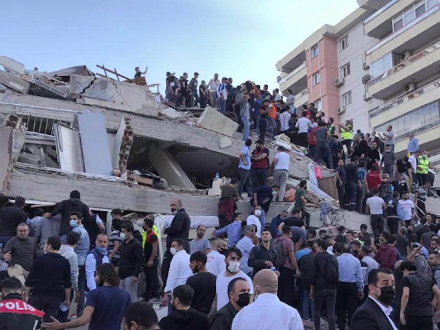 Raste broj mrtvih u Turskoj, 200 povrijeđenih