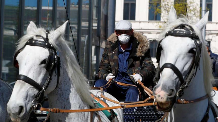Austrija uvodi policijski čas, zatvara restorane
