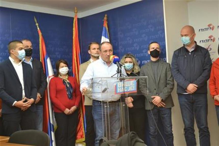 PDP traži odgovore: Ko je Zlatko Stokanić i koji su motivi napada na Stanivukovićev automobil!?