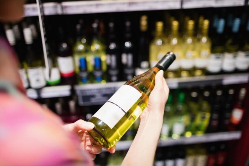 SAD: Pomama za alkoholom na dan izbora