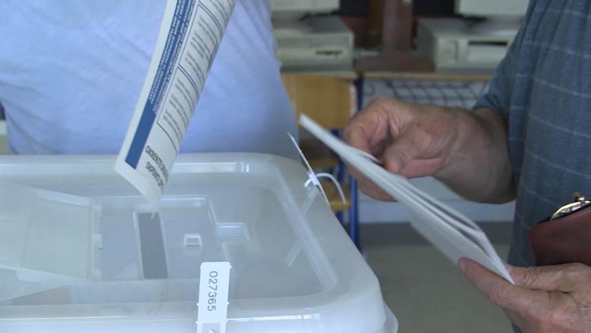 Građani BiH danas biraju lokalnu vlast