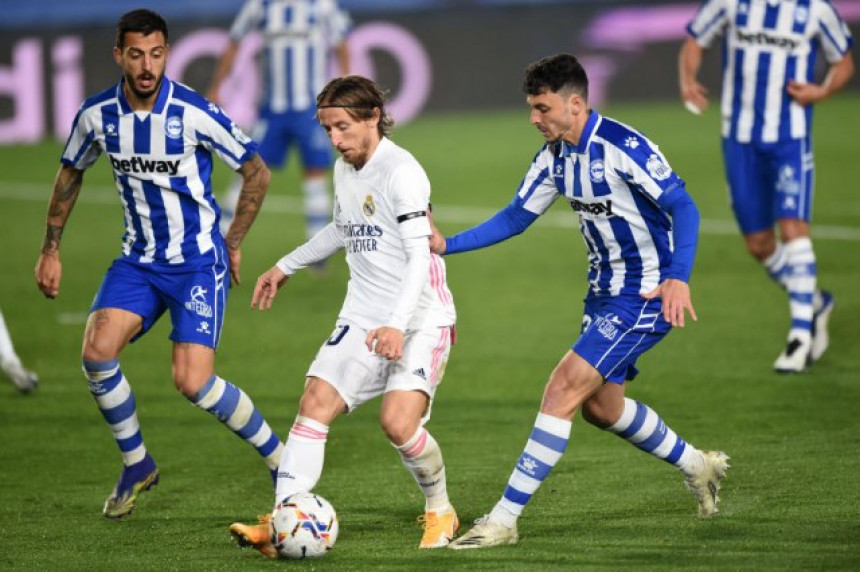 Шок: Реал Мадрид изгубио од Алавеса