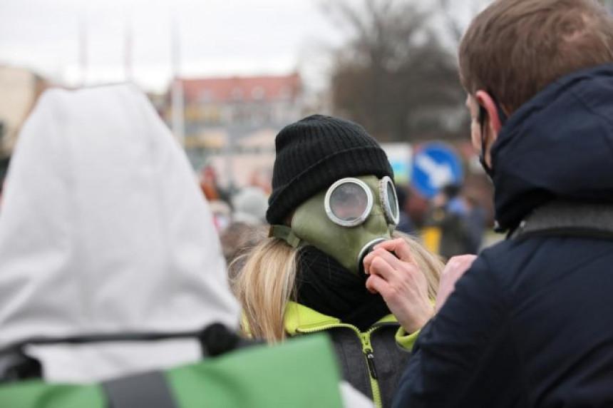 Širom Evrope protesti zbog restriktivnih mjera