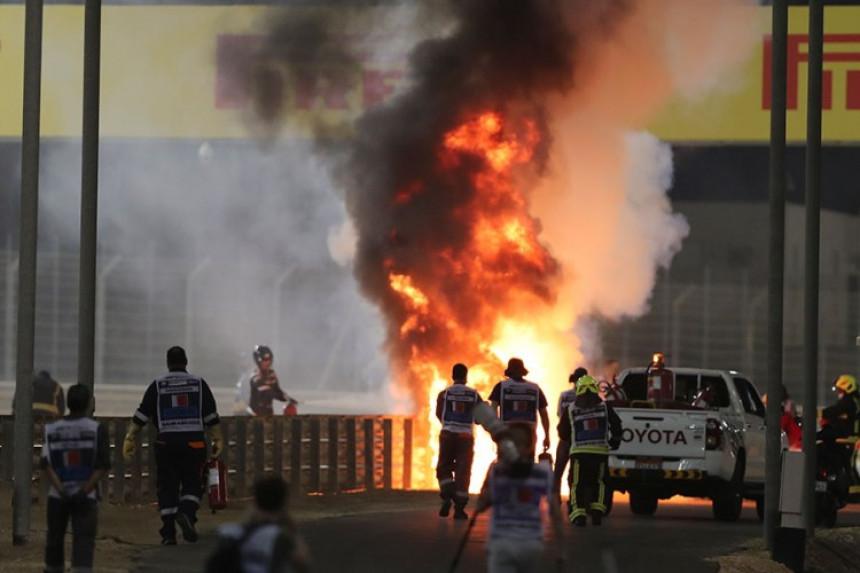 Језив удес на трци Формуле 1, запалио се болид