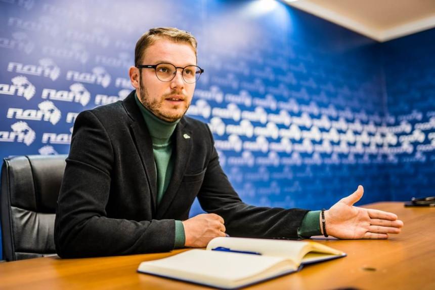 Stanivuković: Nije tačno da sam se sreo sa Vučićem