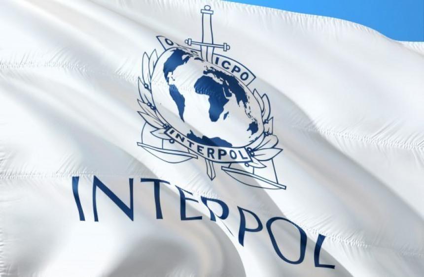 Interpol izdao hitno upozorenje: Pažnja, vakcine!