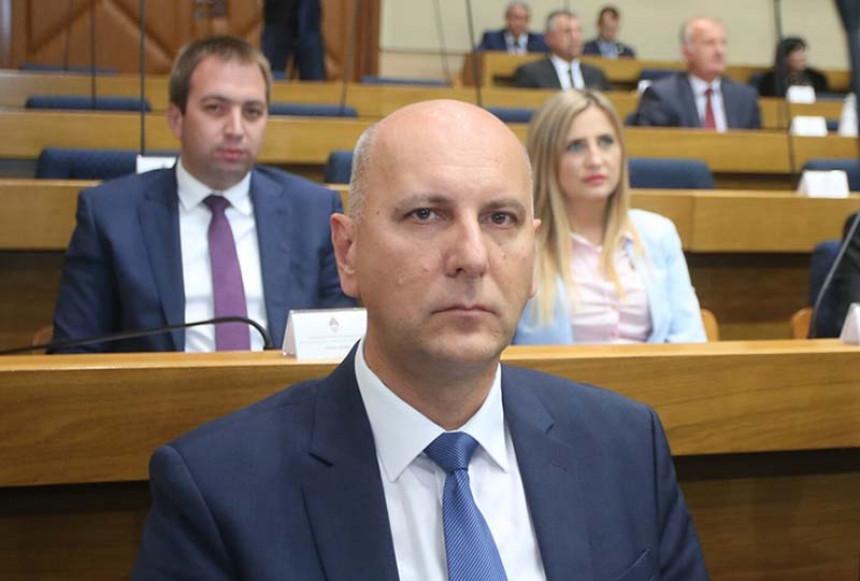 Нове чистке кадрова Селакових социјалиста: На ред дошао и Максим Скоко
